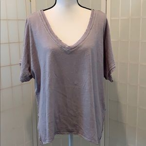 WE THE FREE | Lilac V-Neck Linen Blend Tee size M